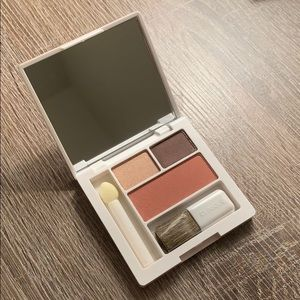 NEW Clinique Compact Makeup Set